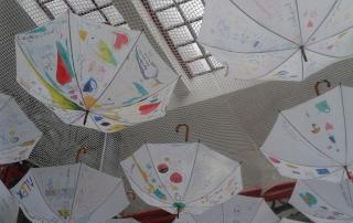 Foto paraguas Semana Infancia